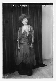 Mrs. W.R. Draper (LOC) by The Library of Congress, via Flickr