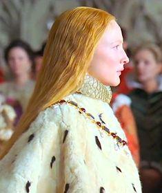 Cate Blanchett in Elizabeth - 1998