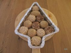 Afbreekbroodjes in kerstboomvorm Dog Food Recipes, Sandwiches, Muffin, Bread, Breakfast, Morning Coffee, Muffins, Breads, Baking