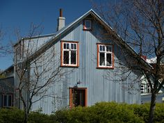 Corrugated iron house by Steve's Wildlife, via Flickr