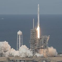 SpaceX Falcon 9 rocket blasts off with Dragon spacecraft onboard