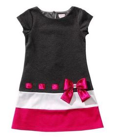 Youngland Black & Pink Bow Drop-Waist Dress - Toddler by YounglandA bow-adorned drop waist and a color block design give this dress a retro-inspired look. A keyhole closure in back offers a polished fit for its soft and stretchy form. Frocks For Girls, Little Girl Dresses, Girls Dresses, Frock Patterns, Girl Dress Patterns, Fashion Kids, Mode Batik, Baby Dress Design, Toddler Dress