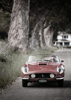 Old Ferrari California vintage