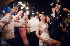 Fotografia ślubna Kraków Białe Kadry www.BialeKadry.pl  #fashion #fotografia #ślubna #zdjęcia #ślubne #fotograf #ślubny #ślub #wesele #zimneognie #sparkle #spark #wedding #sukniaslubna