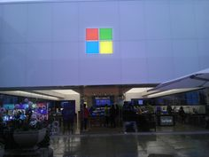 Microsoft Store: Its 5 times bigger than the Apple store 2 doors down
