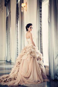 blush Vera Wang bridal gown.