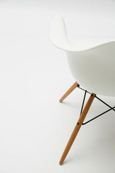 minimalismco:  we've launched to a limited number of new members — join now to get minimalist design essentials and lifestyle goods delivered to you quarterly @ minimalism.co