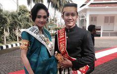 Gambar Pakaian Adat Tradisional Indonesia