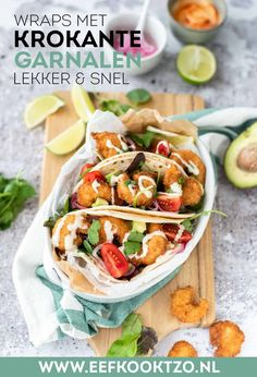 Wraps with shrimps and avocado - Wraps with shrimps and avocado - Tasty Dishes, Food Dishes, Avocado Wrap, Lunch Wraps, Tortilla Wraps, Pasta, Food Inspiration, Love Food, Food Porn