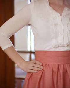 High Waisted Gather Skirt tutorial from Say Yes to Hoboken