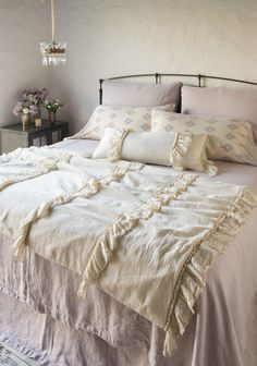 Bella Notte expanded upon gorgeous existing collections. Perennially popular Linen Whisper welcomes a Wedding Blanket – padded and perfectly romantic with rows of ruffles. French Country Bedding, Linen Bedding, Bed Linen, Cheap Bed Sheets, Bedding Sets Online, High Quality Furniture, Casual Elegance, Grey Rugs, Luxury Bedding