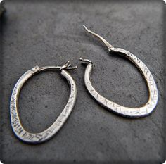 Hinged Hoop Earring tutorial - great connector with soldering and a rivet/hinge.