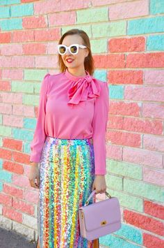 Valentine's Day now seems like a distant memory, even though it was only a week ago! Pink Pleated Skirt, Lace Skirt, Flowers For Valentines Day, Glitzy Glam, Perfect Pink, California Style, Mom Outfits, Work Wardrobe, Elegant Outfit