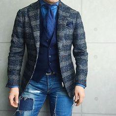 . 2016/12/22. . おはようございます✨. . 今日はこんな感じで✨. . . . Jacket #Brillaperilgusto Shirts #GIANNETTO Tie #FRANCOBASSI Chief #STEFANOCAU Gilet #TAGLIATORE Pants #SIVIGLIA * * * #mensstyle #mensfashion #menswear #mnswr #wiwt #fashion #fashionstyle #fashionable #me #photooftheday #picoftheday #instagood #instastyle #instafashion #IGfashion #instacool #coordinate #dapper #ootd #outfit #outfitpost #fashiongram #gentleman #beamsf