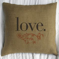 im in love with this pillow.