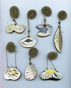Paperclay necklaces by Elsa Mora collection 1 Paper clay pendants by Elsa Mora Ceramic Jewelry, Enamel Jewelry, Clay Jewelry, Jewelry Crafts, Jewelry Art, Jewelry Design, Bling Bling, Contemporary Jewellery, Modern Jewelry