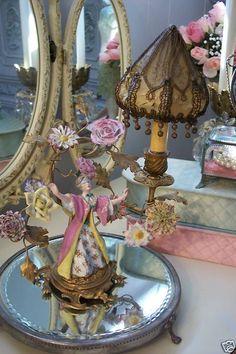 Sweet boudoir lamp.