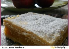 Šťavnaté jablečné řezy recept - TopRecepty.cz Cornbread, Banana Bread, Ethnic Recipes, Eat, Food, Millet Bread, Essen, Meals, Yemek