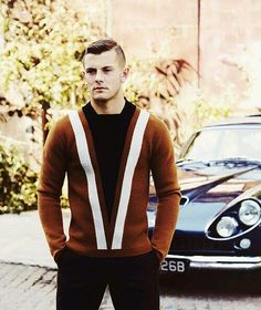"Male Fashion Trends: ""Playing for the jersey"": Jack Wilshere para Esquire UK Noviembre 2013 Arsenal Fc, English National Team, Claudio Marchisio, Jack Wilshere, Esquire Uk, Football Fever, Modern Man, Soccer Players, Sexy Men"