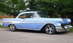 1957 Pontiac Star Cheif 2dr