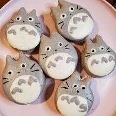 Oreo Macarons, Macaroons Flavors, Pie Recipes, Dessert Recipes, Desserts, Totoro, Macaron Template, Humble Pie, Sailor Moon