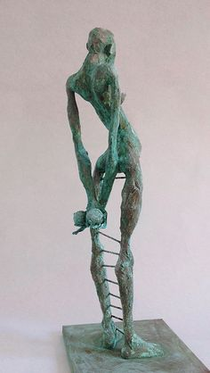 Pablo Hueso – Sculpture – figura-ne346-2016-back