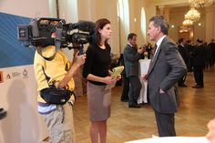 """EU Energy Chief tells CNBC's Kelly Evans: """"We Need a United States of Europe"""" http://cnb.cx/KExid8"""