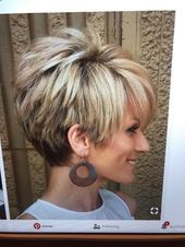 Today we have the most stylish 86 Cute Short Pixie Haircuts. We claim that you have never seen such elegant and eye-catching short hairstyles before. Pixie haircut, of course, offers a lot of options for the hair of the ladies'… Continue Reading → Funky Short Hair, Short Choppy Hair, Short Grey Hair, Short Hair With Layers, Short Pixie, Short Hair Cuts For Women With Thick, Pixie Cut, Short Stacked Haircuts, Haircut For Thick Hair