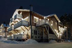 Levin Alppitalot / Levi Alpine Chalets, Levi, Lapland, Finland www. Alpine Chalet, Log Homes, Koti, Mansions, House Styles, Finland, Home Decor, Chalets, Timber Homes
