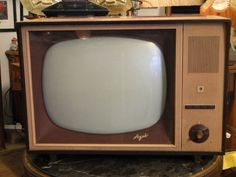 "Telewizor ""Agat"" Box Tv, Childhood, Audio, Tech, Memories, Memoirs, Infancy, Technology, Early Childhood"