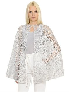INGIE SHINY SPIRAL LACE CAPE, SILVER. #ingie #cloth #coats