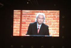 """Melanie Wiscount EdD @mwiscount  """"The future Internet will be in your contacts."""" @michiokaku #AR #VR #thefuture #ISTE2016"""