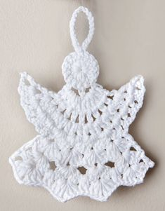 pattern knit crochet special dates christmas decorations autumn winter katia 5945 g Crochet Applique Patterns Free, Crochet Snowflake Pattern, Christmas Crochet Patterns, Crochet Snowflakes, Crochet Christmas Decorations, Crochet Decoration, Crochet Ornaments, Christmas Crafts, White Christmas