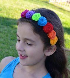 Rainbow Girls Headband Multicolor Flower por ChinichiniBangBang, $10.00
