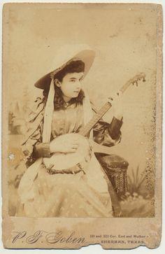 Fabulous BANJO Girl albumen cabinet card Sherman Texas