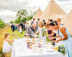 Outdoor tables | Tipi wedding