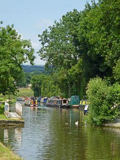 Leeds and Liverpool Canal near Bingley