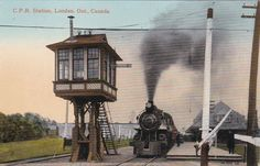 LONDON , Ontario , Canada , 00-10s ; Train at C.P. Railroad Station