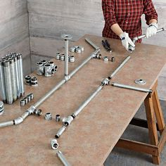 detailed instructions for making pipe harvest table includes diagrams for fitting everything together (in file house diy) Industrial Table, Industrial Furniture, Industrial Farmhouse, Vintage Industrial, Pipe Decor, Pipe Table, Diy Pipe, Ideas Hogar, Diy Kitchen Island