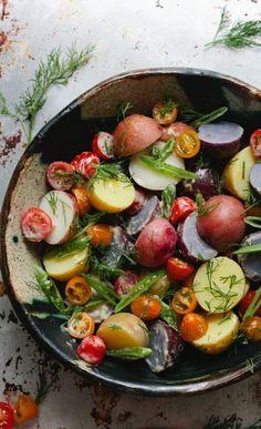summer potluck dishes: Potato Salad with Dill and Horseradish Aioli Summer Salad Recipes, Summer Salads, Summer Potluck, Summer Bbq, Summer Dishes, Summer Parties, Think Food, I Love Food, Vegetarian Recipes