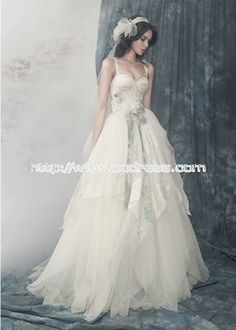 Hot selling Straps Ball Gown Natural Organze Wedding Dresses, fabulous ball gown, elegant wedding dresses