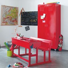 Red vintage-inspired childrens' desk