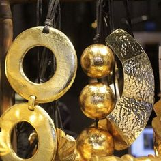 Gold jewelries by Josie Natori  #asiastore #josienatori #natori #gold #jewelry #fashion #necklaces
