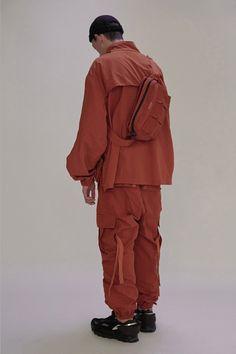 "UMAMIISM 2017 ""Season 1"" Lookbook Girl Fashion, Mens Fashion, Fashion Design, Street Fashion, Indie Outfits, Wearing Black, Streetwear Fashion, Canada Goose Jackets, Active Wear"