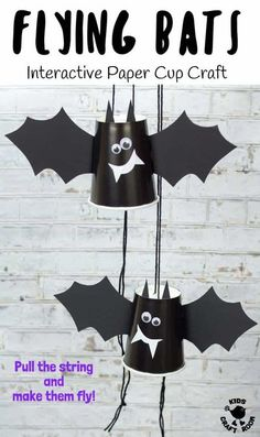 PAPER CUP FLYING BAT CRAFT - These paper cup flying bats are really quick and easy to make so it's a great craft to do with kids of all ages from toddlers to tweens. Built around a paper cup these little bats cleverly fly up and down when you pull the strings. Such a fun Halloween craft for kids. #kidscraftroom #bat #bats #batcrafts #halloween #halloweencrafts #papercups #papercupcrafts #kidscrafts #halloweendecorations Halloween Crafts For Kids To Make, Fun Halloween Games, Theme Halloween, Halloween Activities For Kids, Easy Halloween Crafts, Easy Crafts For Kids, Crafts To Do, Creepy Halloween, Vintage Halloween