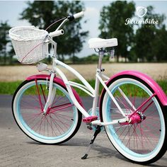 Feliz lunes chicas Todas bicicletas podéis encontrar en nuestra tienda online www.favoritebike.com #bicicleta #bicycle #beachcruiser #monday #sunnyday #happy #favoritebike #plumbike #monday #lunes #bikelovers #followme #love #bike #healthlife #fitgirl #sport #paseo #views #travel #onbike #photooftheday #instalove #sweet #fashion #beautiful