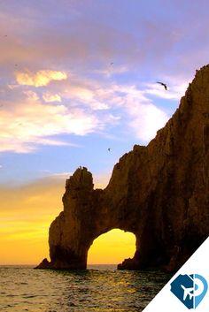 Cabo San Lucas, Baja California, es una de las mejores playas de México y el mundo. #PonteaViajar con #Travelpidia a los mejores destinos.
