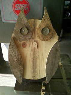 Pallet wood owl.