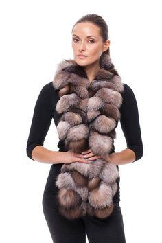 Handmade golden blue frost fox fur scarf – Most Beautiful Fur Models Fur Fashion, Fashion Books, Fashion Models, Winter Fashion, Fur Purse, Fur Cape, Fur Accessories, Sweater Scarf, Fur Collars