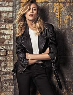 Top model Anja Rubik is back in the spotlight, appearing in the July 2016 cover story from ELLE Spain. Photographer Xavi Gordo captures the Polish beauty in looks from French label Iro including her collaboration with the brand. Stylist Inmaculada Jiménez selects cool girl essentials including leather jackets, little black dresses and denim for the …